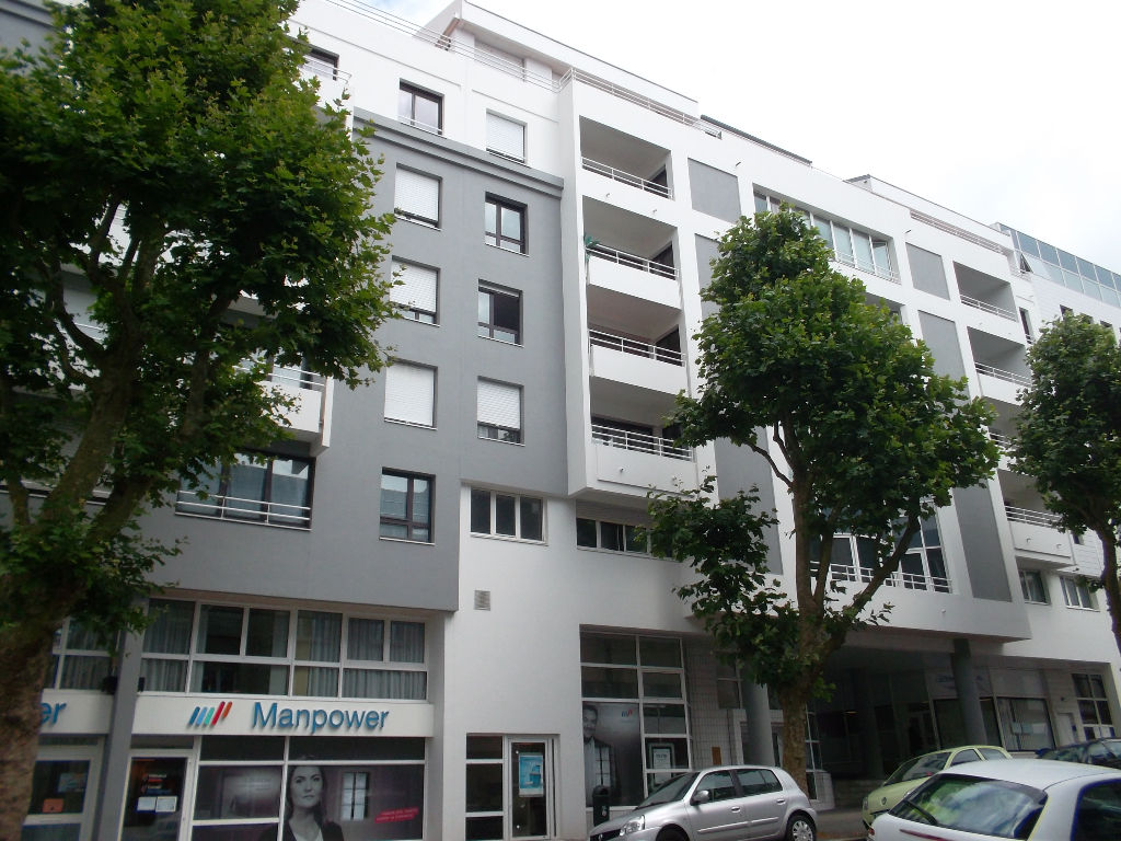 APPARTEMENT BREST TRIANGLE D OR  ASCENSEUR  COPROPRIETE RECENTE