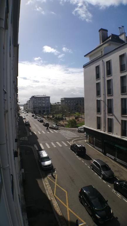 APPARTEMENT A VENDRE 2 PIECES 50m² BELLE COPRROPRIETE TRIANGLE DOR BREST SIAM